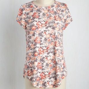 ModCloth High Low Floral Tee Cap Sleeve Peach Gray